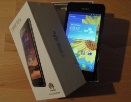 Huawei Ascend G615 Unboxing