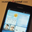 Huawei Ascend Y300 Unboxing