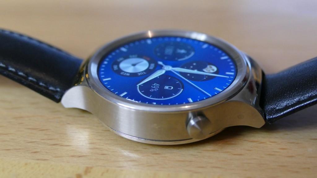 Huawei Watch seitlich
